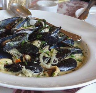 Sweet Laurette mussels